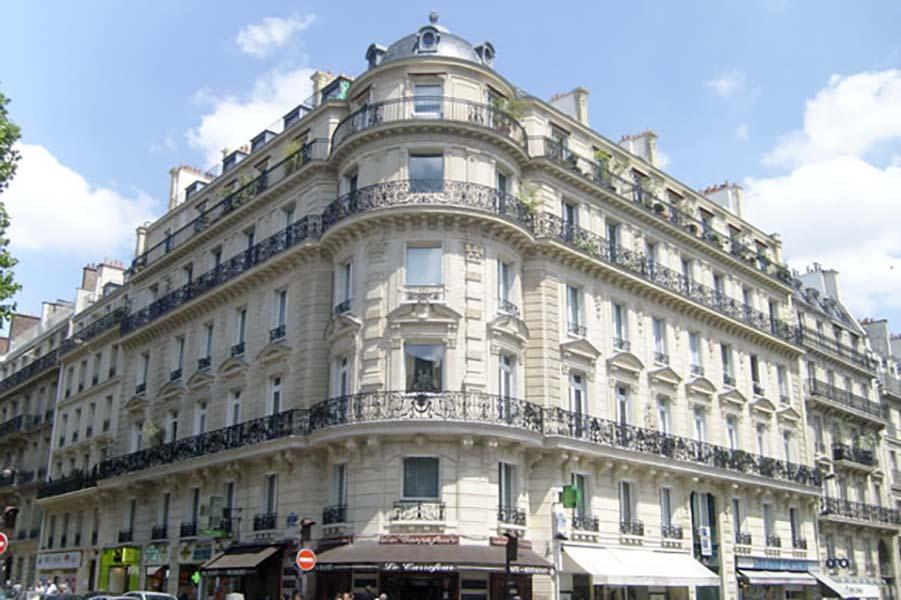 Réeparation de persiennes métalliques rue Laborde à Paris