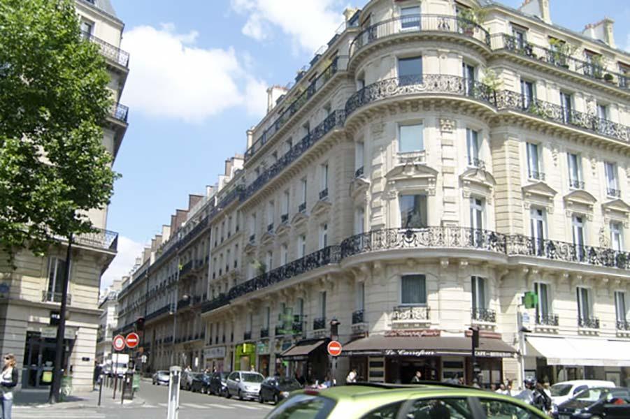 Rénovation de persiennes métalliques rue Laborde à Paris