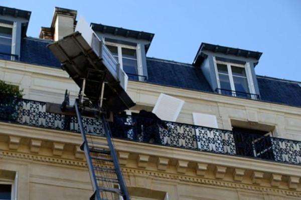 Monte-meuble grande hauteur pour la rénovation des volets